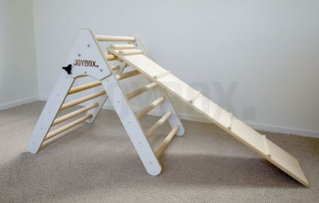 PIKLER TRIANGLE & RAMP WHITE